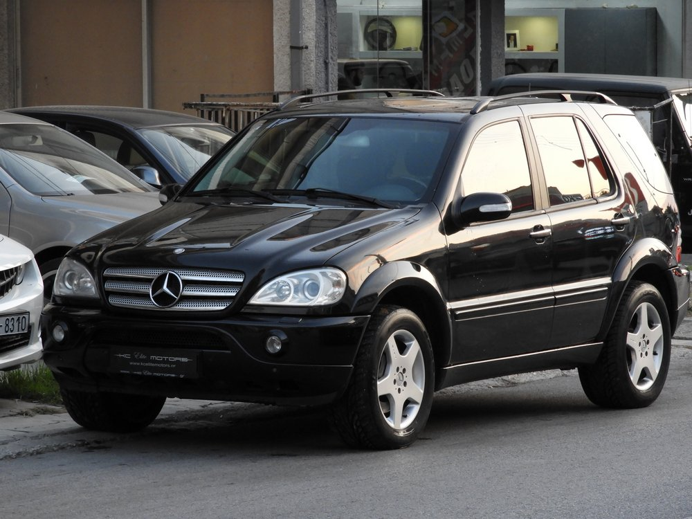 Mercedes-Benz ML 55